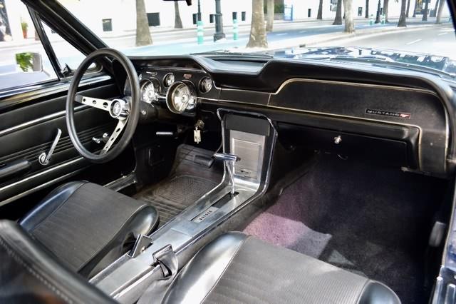 Mustang289Interior2